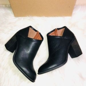 Lucky Brand Salza Black Booties 10